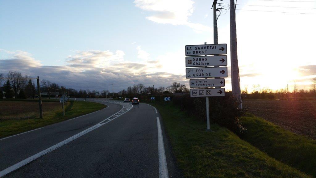 D933, en venant d'Eymet